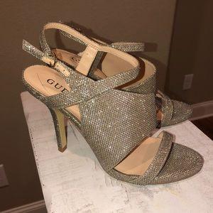 Guess Gold heels 👠